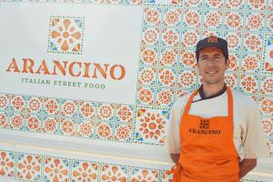 branding projects arancino-street-food-grembiule-design-branding-food-truck-luxembourg