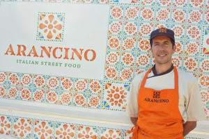 arancino-street-food-delantal-design-branding-food-truck-luxemburgo-barcelona-sicilia-diseño