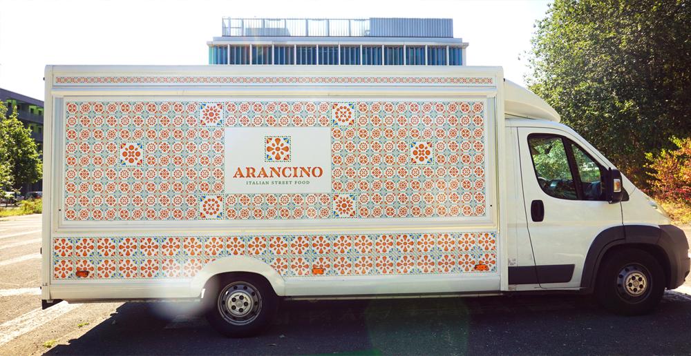 arancini-arancino-street-food-design-branding-food-truck-lussemburgo-barcelona-sicilia-catania-camioncino