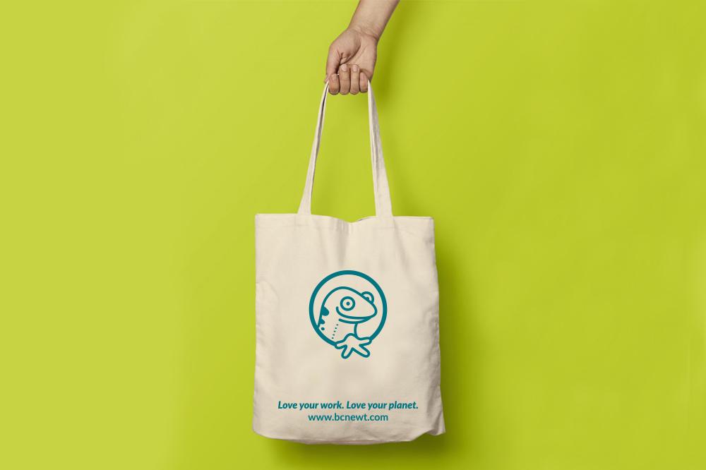 bcnewt-coworking-barcelona-logotipo-logo-branding-diseño-grafico-tote-bag-bolso-salamandra
